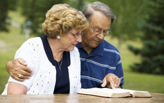 Bible-Reading-With-Wife-e1342526885201